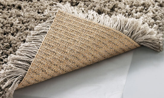 Несколько способов поднять ворс на ковролине