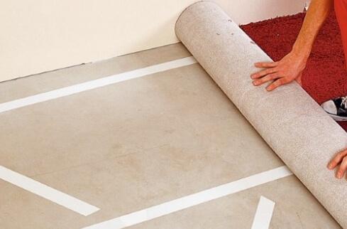 Правильная укладка ковролина: описание способов настила