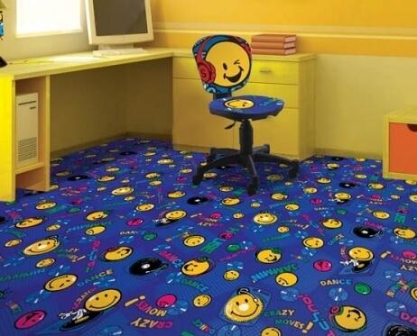 Яркое ковровое покрытие в детскую комнату