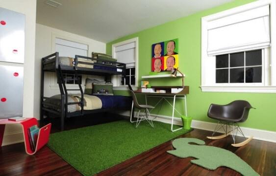 Ковролин как зеленая трава в детской комнате